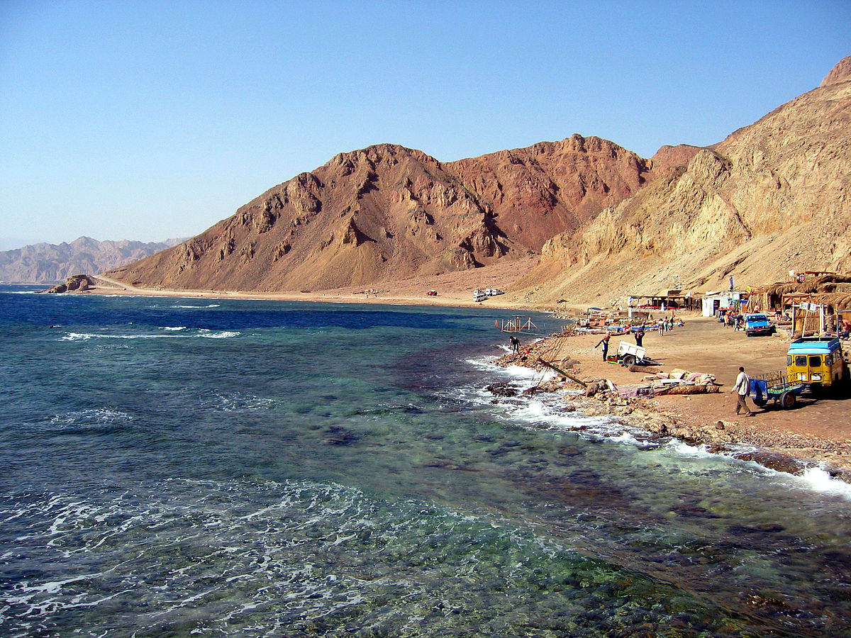 3 Days Sinai Desert Discovery All-Inclusive by Camel and Jeep