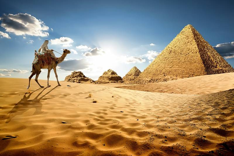 Egypt Grand 11 Days Elite Travel Package: Lake Nasser and Luxor Deluxe Nile Cruises, Old Cairo, and Giza Necropolis