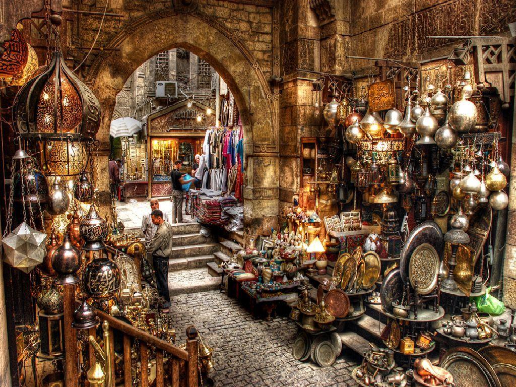 Ravishing Ancient Egypt Travel Package: Giza, Aswan, Luxor, Hurghada, Old Cairo