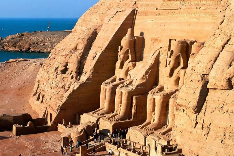 Day Road Trip to Abu Simbel in Aswan