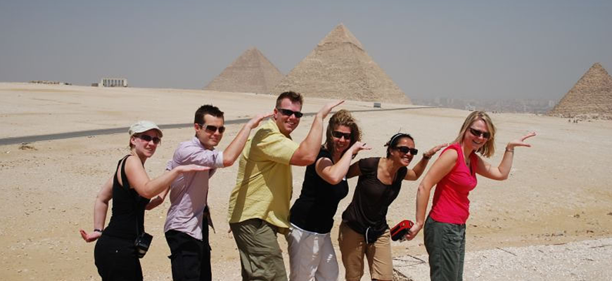 Cheap Travel Package in Egypt to Old Cairo, Pyramids of Giza and Saqqara and Hurgahda